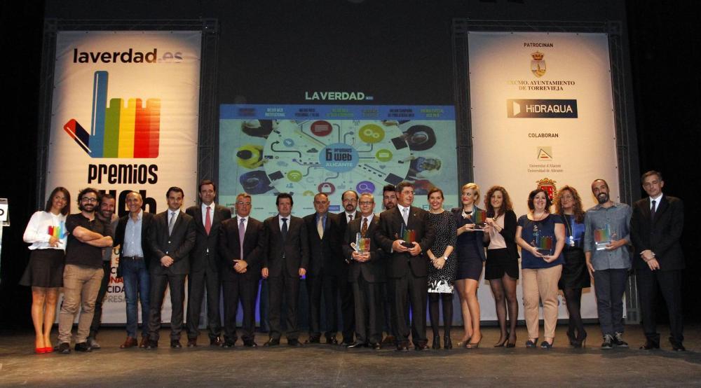 Todos los premiados de la noche.FOTO Joaquín P. Reina